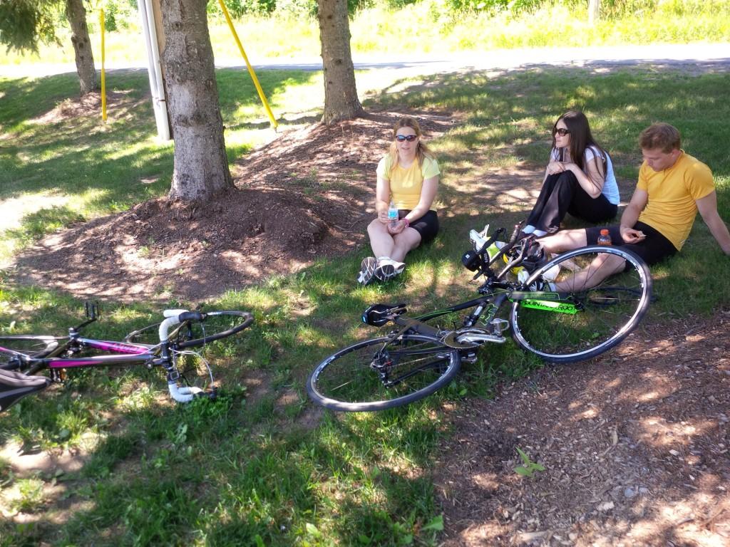 Sara Neil Jess - post bike