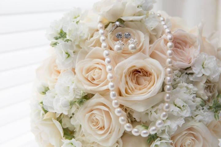 Flowers & Jewlery